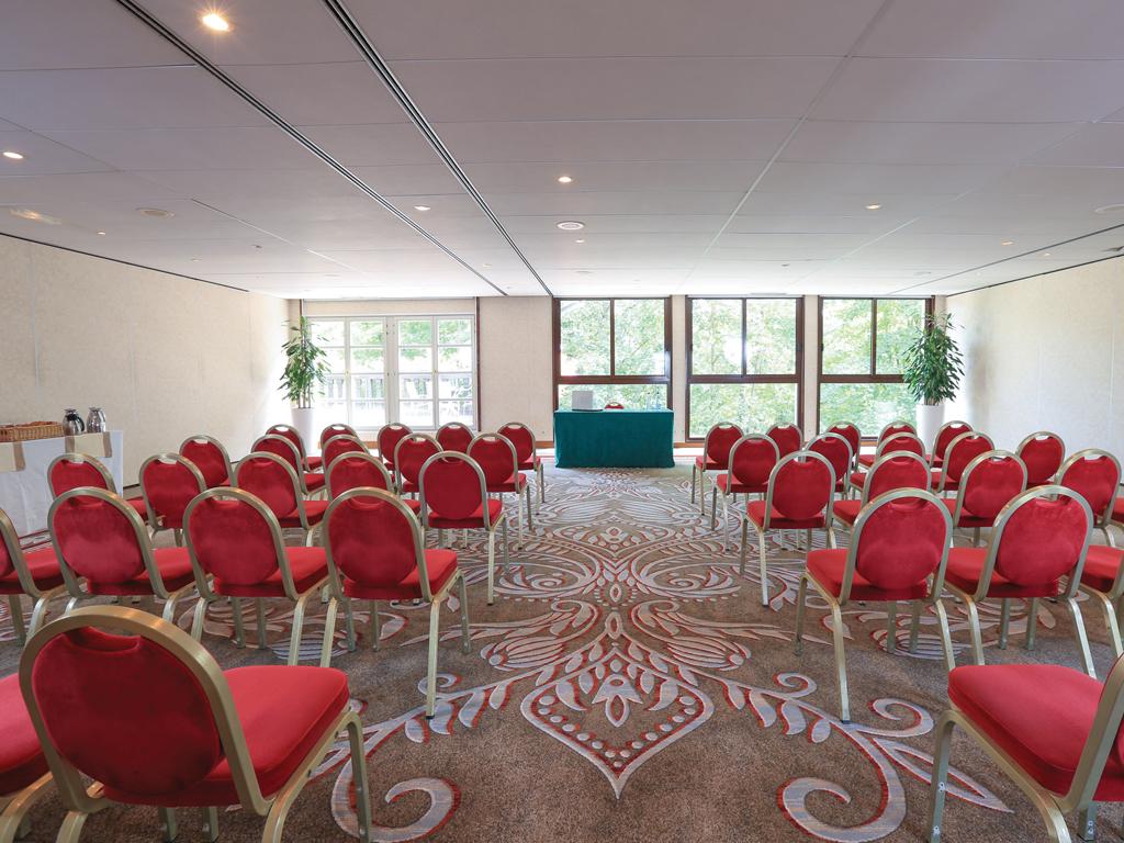 Grandes Etapes Française Conference Area
