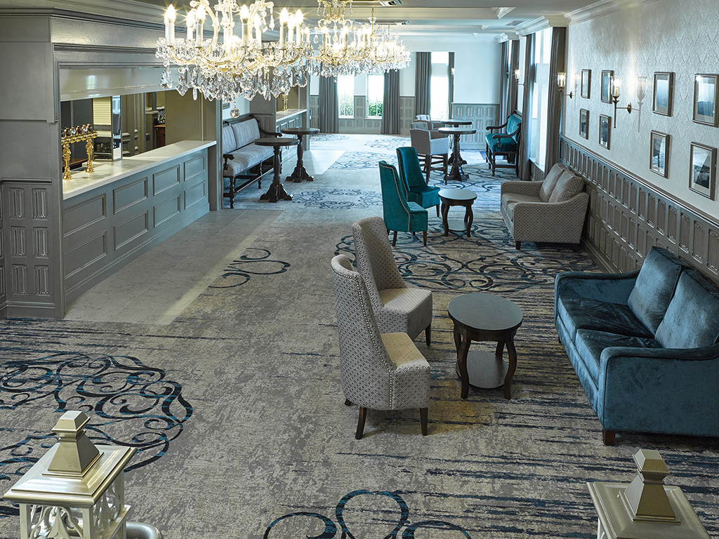 Lough Erne Resort Ross Suite bar area