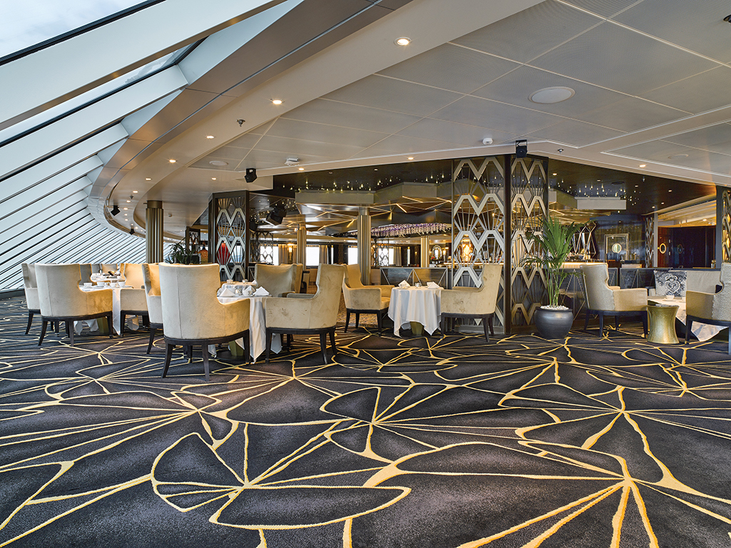 Seven Seas Explorer Observation Lounge